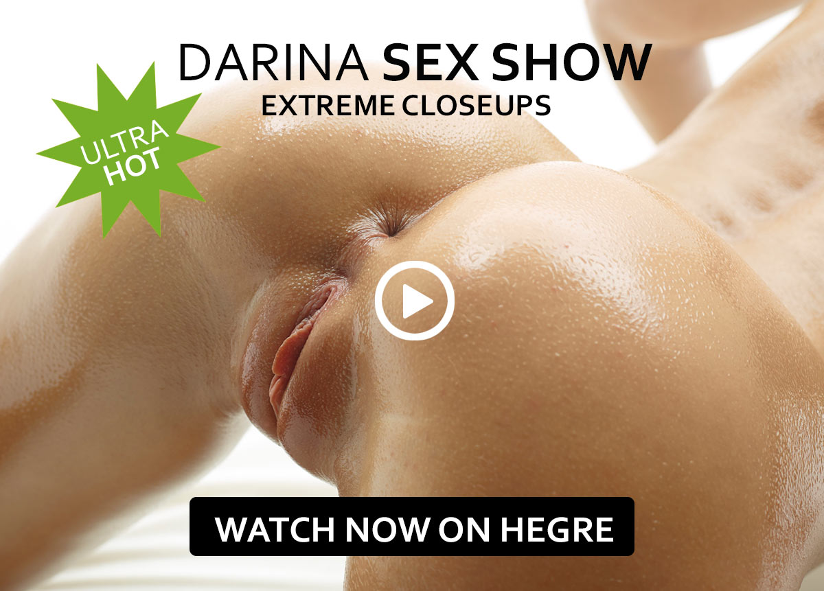 "Darina in ""Sex show"""